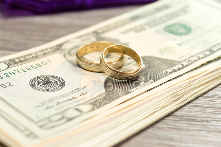 Saving Money on Divorce Attorney