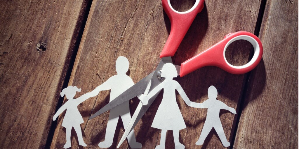 divorce-and-child-custody-picture